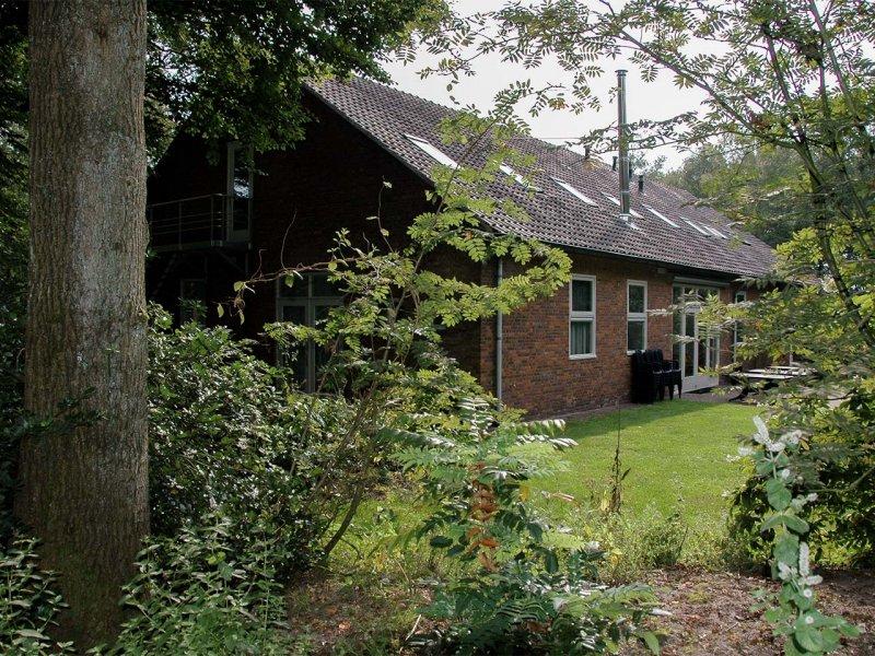 De terraszijde van gebouw A op Meeuwenveen Accommodaties