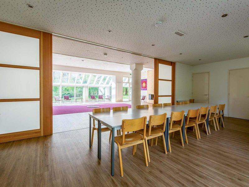 De eetzaal van gebouw C op Meeuwenveen Accommodaties