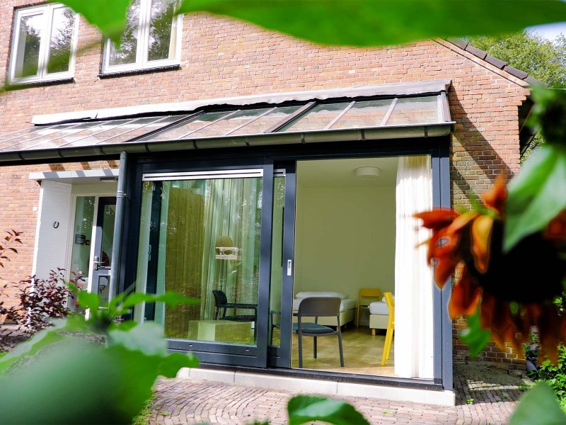 De nieuwe serre van het Voorhuis op Meeuwenveen Accommodaties