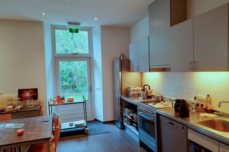 De keuken van het Voorhuis op Meeuwenveen Accommodaties
